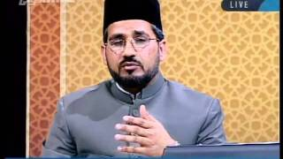 To justify persecution, can the example of Ahmadiyyat be given with Musailma Kazzaa