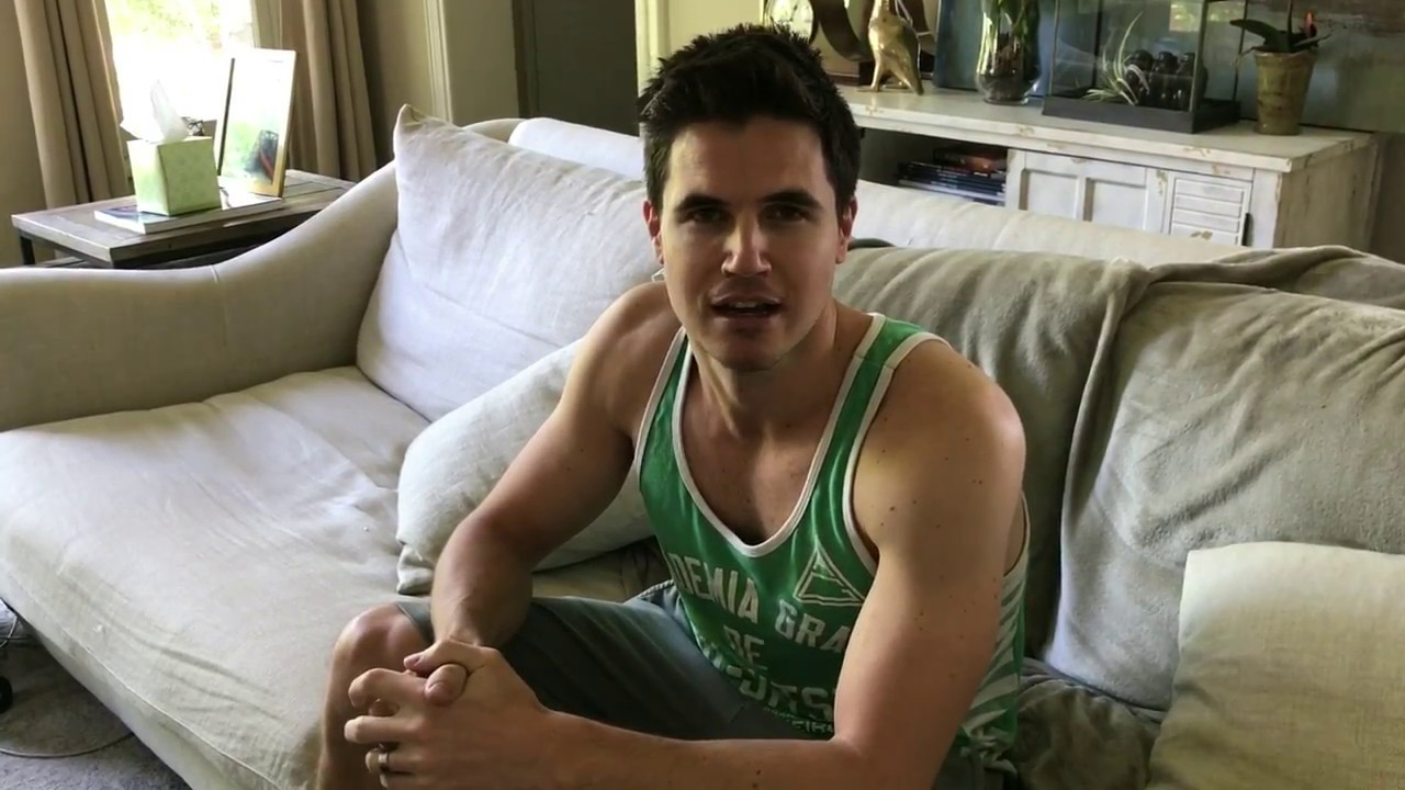robbie amell gallery