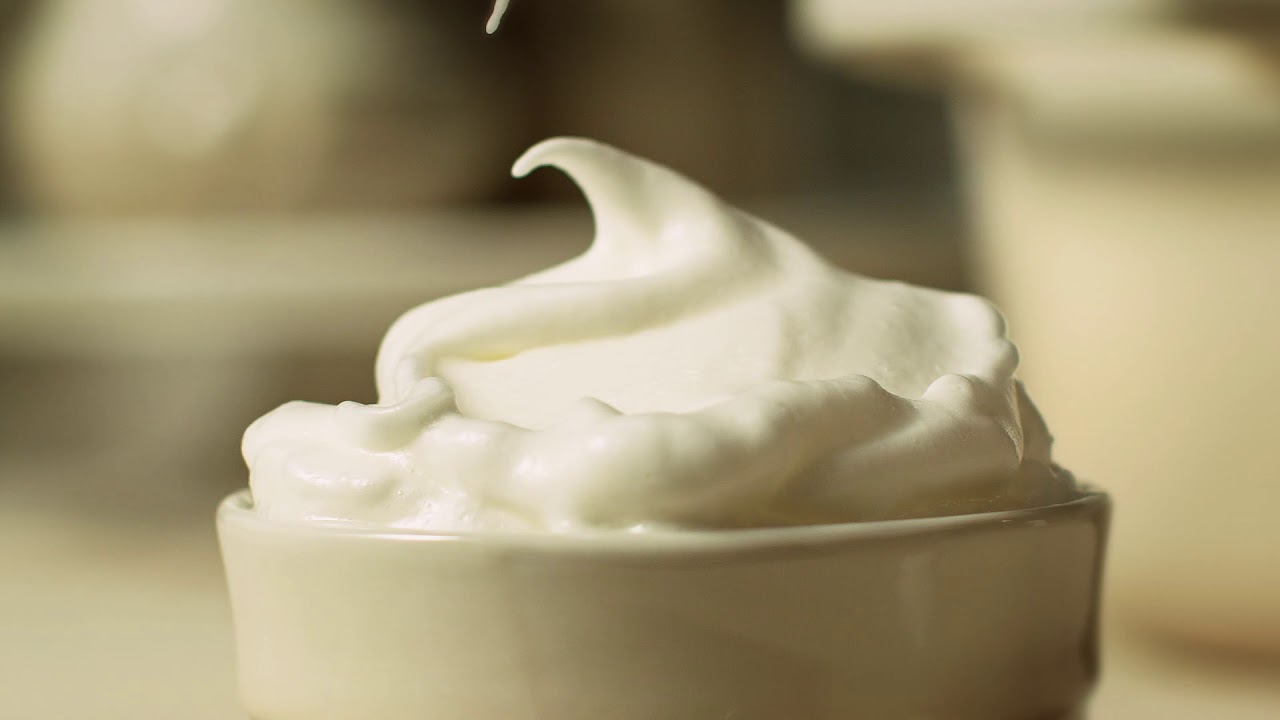 Meringue by Le Creuset