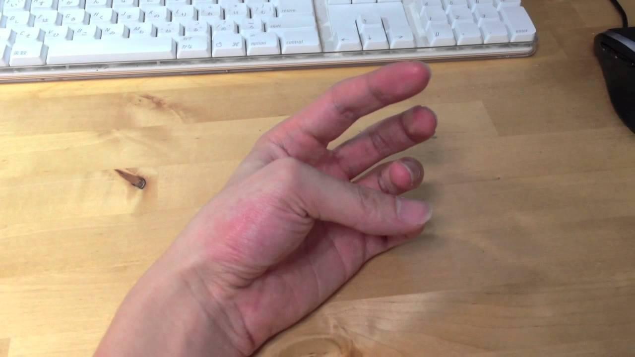 ピクピク 親指