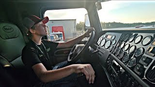 14-Year-Old Luke Floats 18 Gears In A New Custom 2022 Peterbilt 389, I Started Driving At 9-Yrs-Old