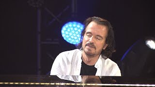 "Yanni - ""Into the Deep Blue"" - LIVE in Beijing"