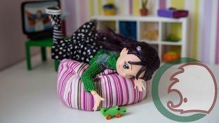 Как сделать кресло-мешок для куклы. How to make a beanbag for a doll.(Сделать кресло-мешок для кукол быстро и легко благодаря новому видео от Самоделушек. Вам потребуются матер..., 2014-10-11T05:00:02.000Z)