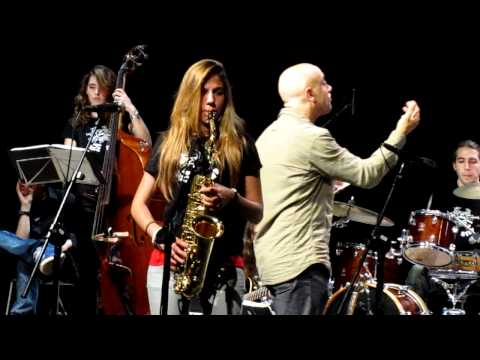 On the Sunny Side of the Street - Sant Abdreu Jazz Band (live from Calaf)