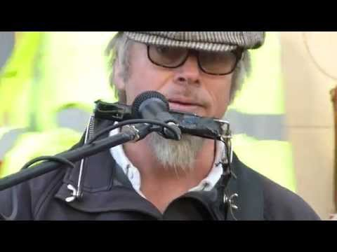 Rob Berry - Blues - Street music In Chichester - A great musician and a special guitar