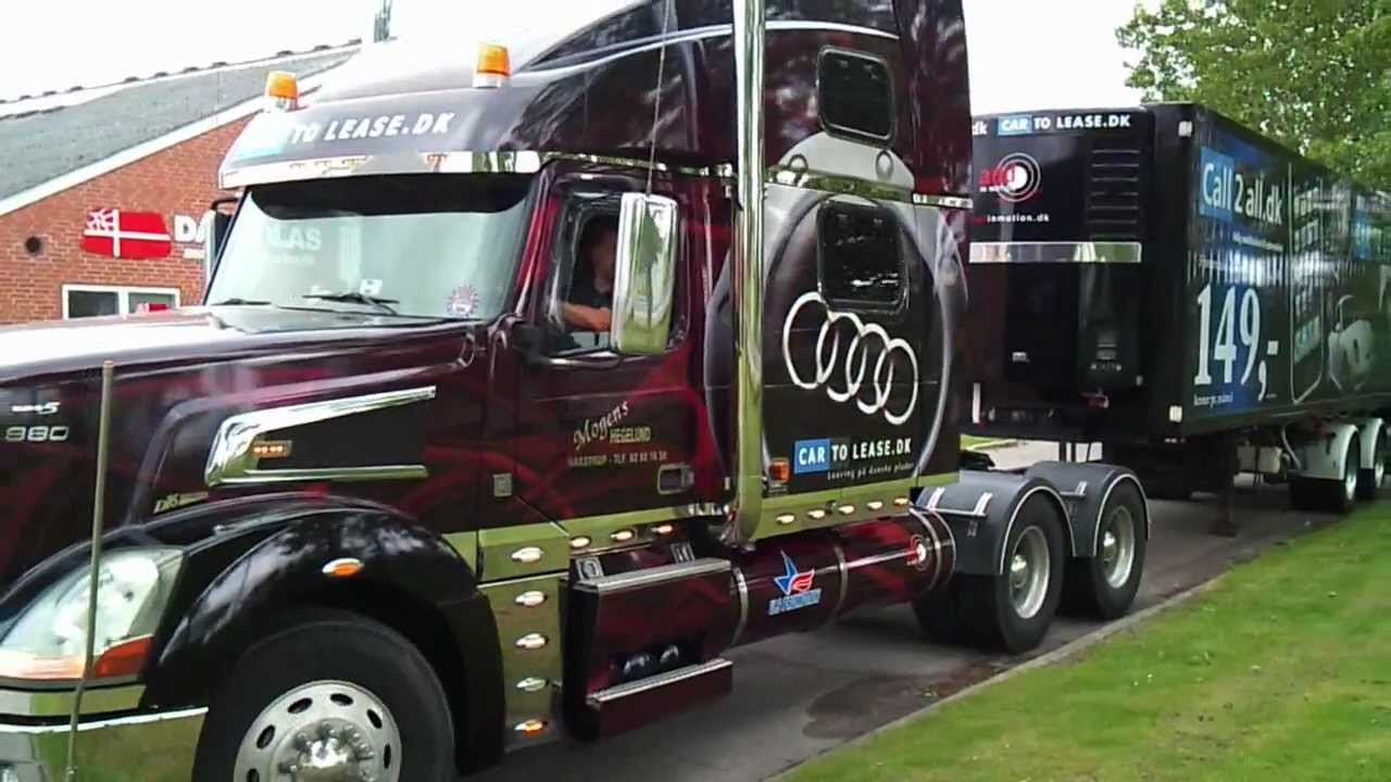 Hegelund Volvo VT880 showtruck - YouTube