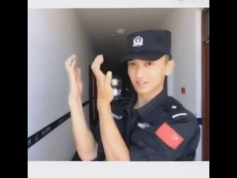 Now Trending...Finger Dance From Handsome Chinese Policeman