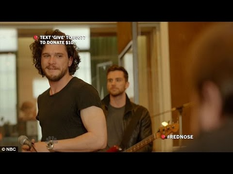 Kit sings to Rose