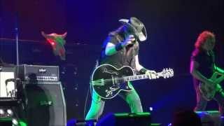 Ted Nugent - Cat Scratch Fever / Stranglehold (5/15/2013) Evansville, IN