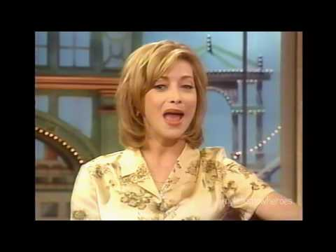SHARON LAWRENCE HAS FUN WITH ROSIE