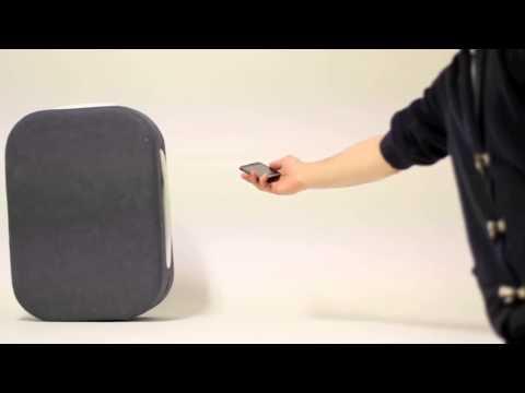 Новый чемодан управляется с помощью технологии bluetooth. Смотреть до конца!