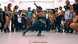 Смотреть клип Adekunle Gold - Kelegbe Megbe | Dance Video