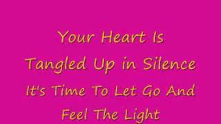Britt Nicole-Feel The Light Lyrics