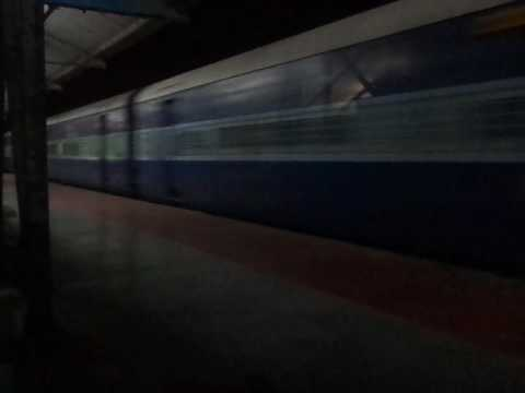 12502 Purvottar Sampark Kranti Express At MPS.