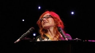 Tori Amos - Snow Cherries from France (live at Infinity Hall 2012)