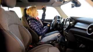 """New Mini Cooper S: Тест-драйв в программе """"Москва рулит""""."""