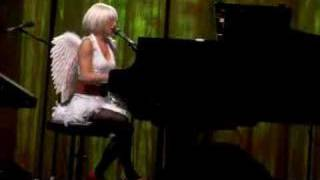 Tori Amos - She's Your Cocaine - Pittsburgh 10-30-2007 REMIX
