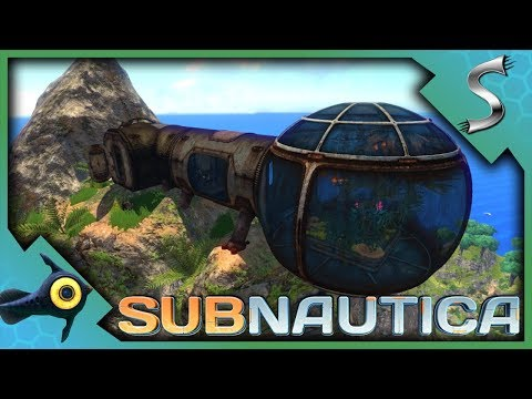 DRY LAND! EXPLORING THE ISLAND & SEARCHING ABANDONED BASES! - Subnautica [Gameplay E5]