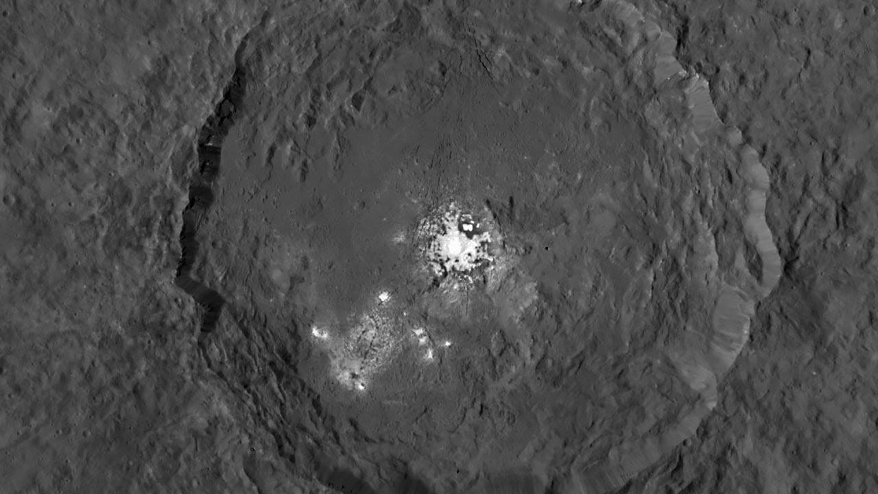 Αποτέλεσμα εικόνας για occator crater ceres