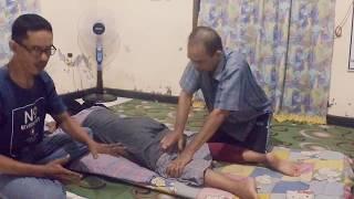 Sering ngerasain sakit pinggang yang menjalar sampai ke kaki? Terus sakit pinggang tersebut sampai b.
