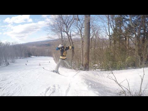 Skiing at Wachusett MTN