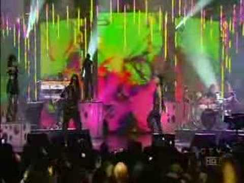 Nelly Furtado performs at the Juno Awards
