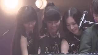 Perfume FES!! 2015 ~三人祭~ 与 Weaver 6人联弹。