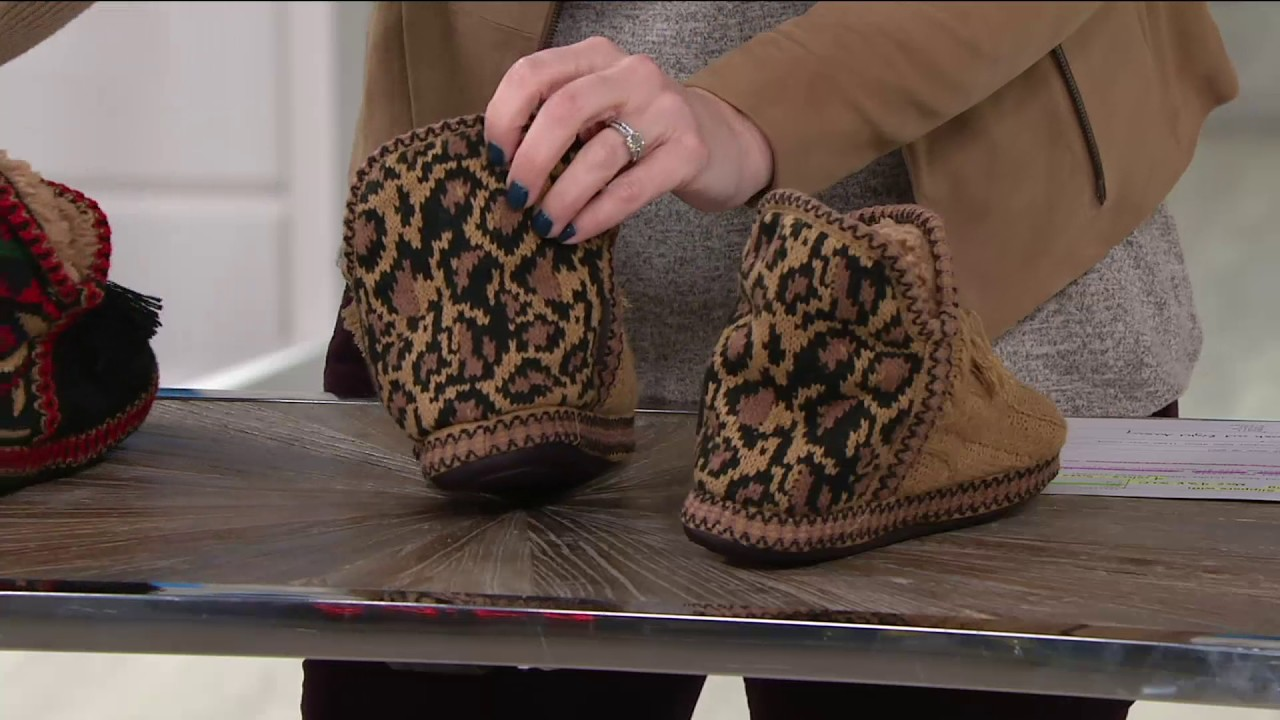 9471f4019af4 MUK LUKS Amira Slippers with Jojoba Infused Furpa Lining on QVC ...