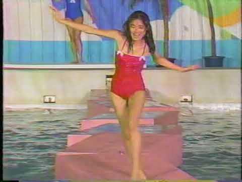 おニャン子B組(全員中学生)水着ファッションショー