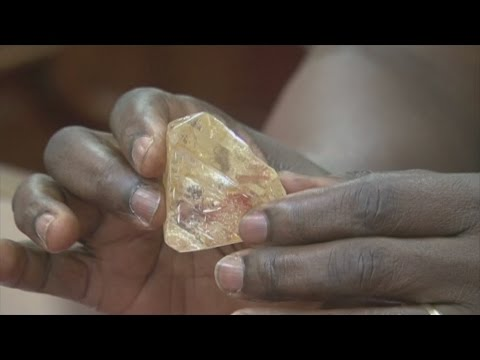 Pastor diss whopping 706 carat diamond in Sierra Leone