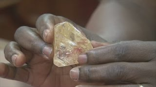 Pastor discovers whopping 706 carat diamond in Sierra Leone