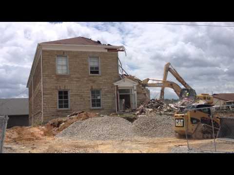 Demolition of the old East Bernstadt Elementary School