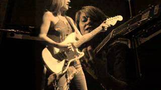Liz Phair - Mother's Little Helper (Rolling Stones cover)