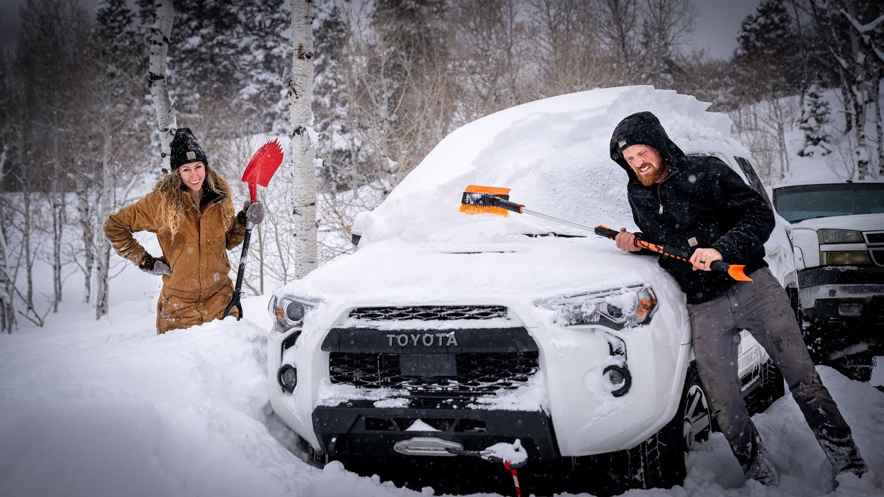 BATTLING SNOW AT 8000 FT | BUILDING OUR OWN HOME