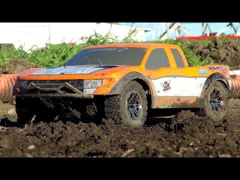 RC ADVENTURES - Muddy Vaterra Ford SVT Raptor Pre Runner 4x4 on 3S Lipo