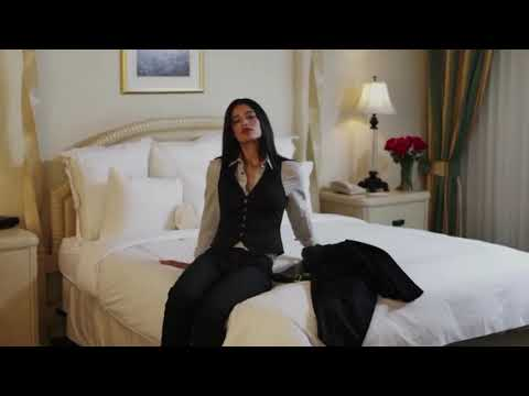 Download Jessica Clark in Nicole Conn's A Perfect Ending