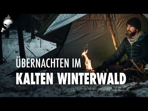 Wildcampen im Wald bei Schnee – Lavvu Winterbiwak, Lagerfeuer, Outtakes [CC]