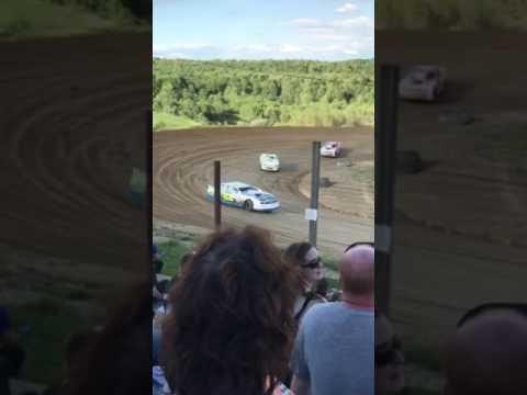 Street stock heat race woodhull raceway 6-24-17