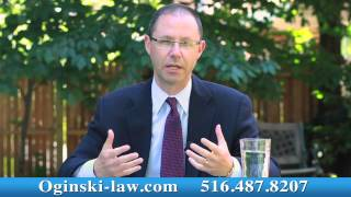 "Eye Doctor in NY Said ""Did You Know You Have a Hole In Your Eye!"" Attorney Oginski Explains"