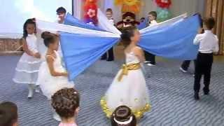 """[Дет/сад №77, гр.№13]  Танец """"НЕБЕСА"""" (танец с полотнами)"""