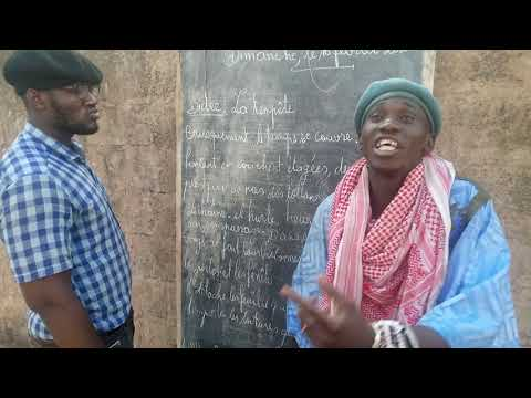 Le Fou Et Khassa Avec Leur Professeur Toutou