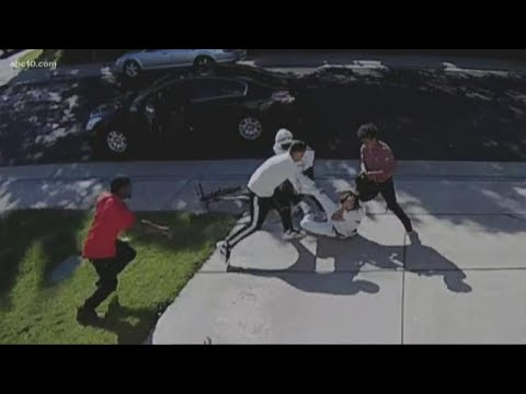 Elk Grove boy, 12, beaten, robbed by teens