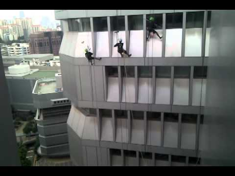 Window cleaners in singapore