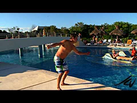 niagara-ontario-super-belly-flopper-at-grand-sirenis-maya-beach