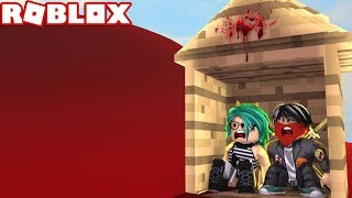 🌊 SURVIVE THE BLOOD TSUNAMI in ROBLOX❗😱