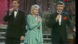 аНГЕЛИНА ВОВК ЕВГЕНИЙ МЕНЬШОВ И ВИКТОР ВУЯЧИЧ ПЕСНИ ВОЕННЫХ ЛЕТ 1991