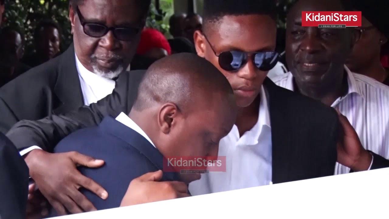 Download KIBONDE Alivyomlilia Mke Wake Wakati wa Kumuaga