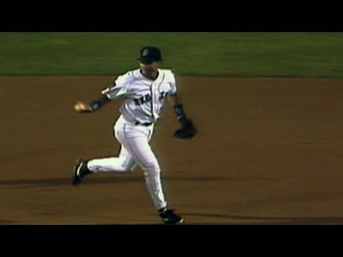 John Valentin turns a smooth unassisted triple play