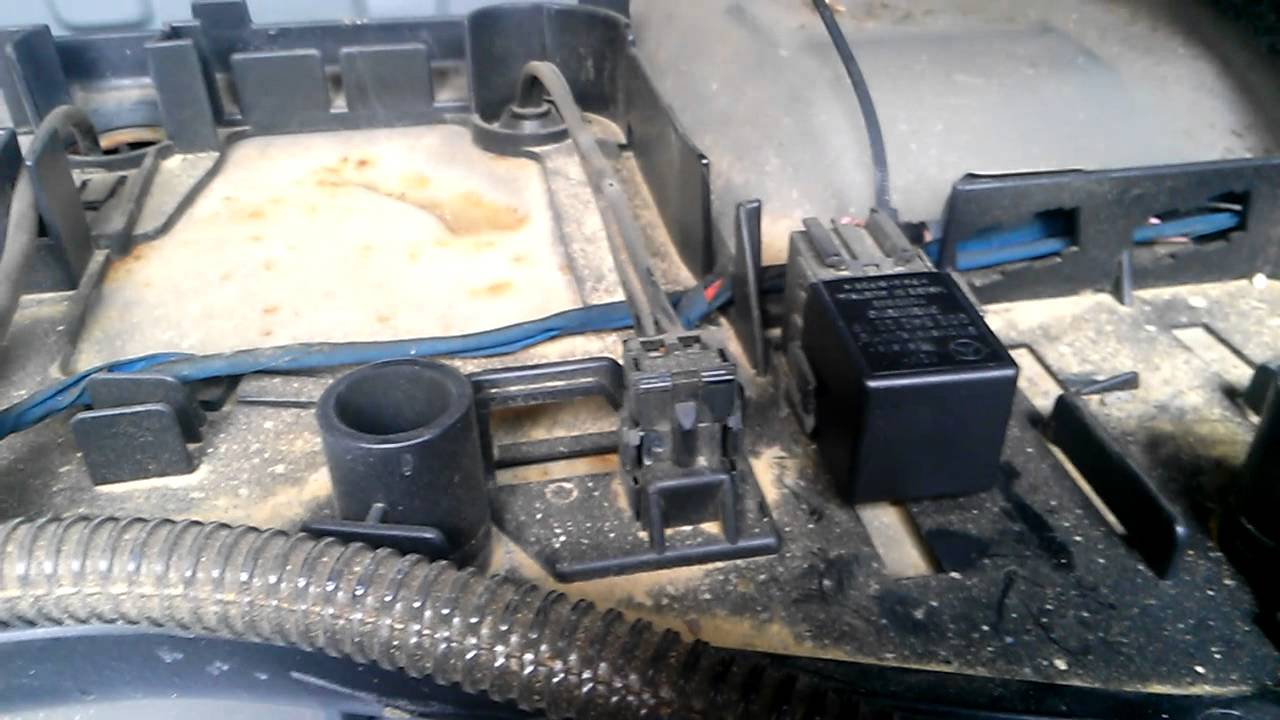 mercedes w202 c230 power seat repair [ 1280 x 720 Pixel ]