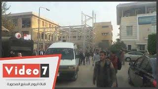 جثمان يحيى الجمل يجوب جامعة القاهرة قبل تشييعه من كلية الحقوق